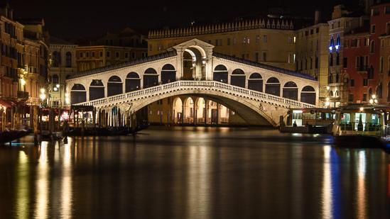Ponte di Rialto Nights