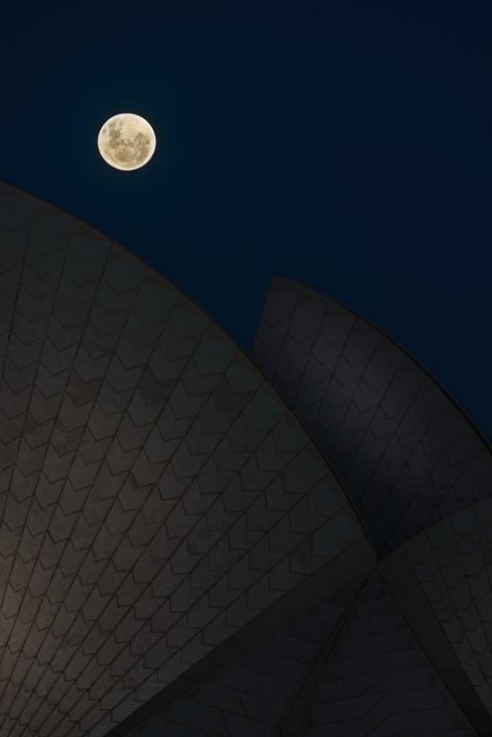 Lunar Opera